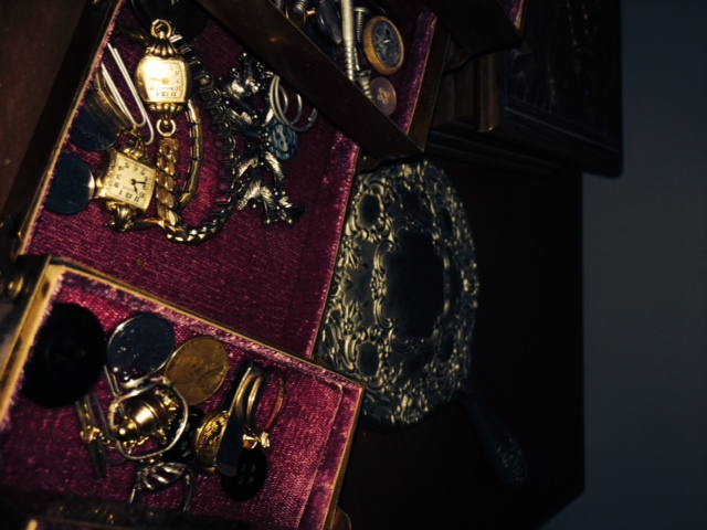 Heirloom Trinkets